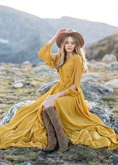 Looks Hippie, Faux Wrap Dress, Mellow Yellow, Yellow Dress, Boho Dress, Beautiful Dresses, Awesome Dresses, Boho Fashion, Fashion Photography