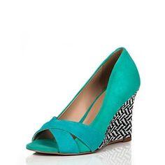 Vi o sapato Albornoz no site da olook e amei! 3 www.olook.com.br/produto/10495