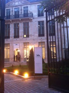 #TAIPING the luxury carpet maker grand opening in Paris XVII th century Hôtel de Livry