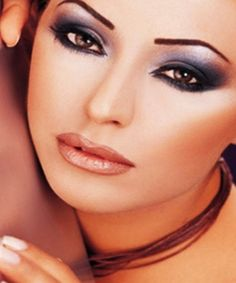 Metallic-Smoky-Makeup-Style-for-Dark-Skin.jpg (500×600)