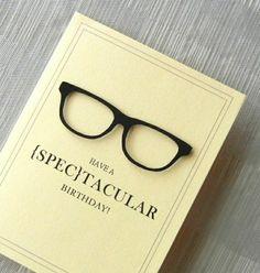 carte anniversaire beige avec décoration en forme de lunette de vue, carte d'anniversaire beige