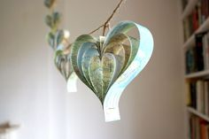 map hearts garland
