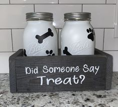 Excited to share this item from my etsy shop Dog Treat Mason Jar Holder pets treat vinyl acrylicpaint minwax dogprint dogbone furbaby dogtreats Mason Jar Projects, Mason Jar Crafts, Mason Jar Diy, Diy Crafts Vases, Pickle Jar Crafts, Mason Jar Kitchen Decor, Rustic Mason Jars, Uses For Mason Jars, Mason Jar Storage