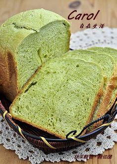 Carol 自在生活  : 鮮奶抹茶麵包。麵包機