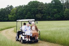 love these grandmas riding in comfort to the ceremony! | Mark Elkins #wedding