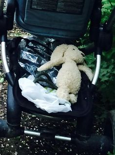 Lost on 30 Sep. 2015 @ Stratford upon Avon. We've lost our daughter's soft toy jellycat dog. We believe it was lost from my husband's rucksack as he cycled from the cafe by the Thai Boathouse across Stratford meadows to the gardens at the fr... Visit: https://whiteboomerang.com/lostteddy/msg/s64voy (Posted by Jessica on 01 Oct. 2015)