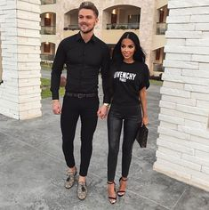 Shared by Harriët Taylor. Find images and videos about fashion, cute and style on We Heart It - the app to get lost in what you love. Fashion Couple, Fashion Show, Fashion Outfits, Ootd Fashion, Matching Couple Outfits, Matching Couples, Paar Style, Classy Outfits, Cute Outfits