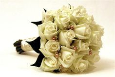 bling bridal bouquets | ... bouquet cream roses and swarovski pearls by bouquets with bling