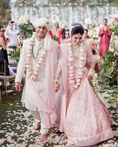 """This photo! 😍 And I love the unique flower garlands ❤️📸: @ivyweddings Tap the photo for tags! #southasianbridemagazine . . . . . . . .  #wedding #hinduwedding #southasian #bridestyle #weddinginspiration #pinklehenga #mauve #dreamwedding #weddinggoals #weddingdress #weddingsaree #weddingphotography #newlyweds #lehenga #married #beachwedding #wedmegood #weddingphotomag #indianwedding #caribbeanwedding #destinationwedding"" by @lilyweddings. #eventplanner #weddingdesign #невеста #brides…"