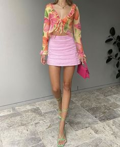 Colourful Outfits, Retro Outfits, Trendy Outfits, Diy Fashion Outfits, Aesthetic Fashion, Look Fashion, Aesthetic Clothes, Mode Outfits, Girl Outfits