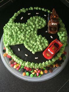 Blixten McQueen och Bärgarn tårta