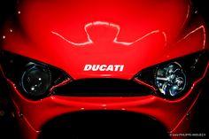 Ducati that's my girl RR Ducati Motorbike, Ducati 748, Moto Ducati, Ducati Desmosedici Rr, Motorbike Design, Sport Bikes, Motogp, Cool Bikes, Fast Cars