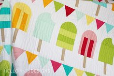 A Great Quilt Pattern that evokes the feelings of summer, fun, and childhood. House Quilt Patterns, Beginner Quilt Patterns, House Quilts, Quilt Block Patterns, Quilt Blocks, Quilting Projects, Quilting Designs, Sewing Projects, Quilting 101