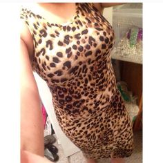 Cheetah maxi dress Cheetah print maxi dress. Very stretchy, I'm 5'2 in good conditions. Very beautiful causal dress. Dresses Maxi