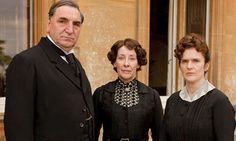 Jim Carter, Phyllis Logan and Siobhan Finneran in Downton Abbey. [S1]