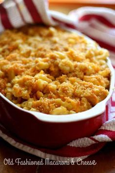 Old fashioned macaroni and cheese recipe is creamy, cheesy goodness. SO easy too! Share some old memories and make some new ones tonight! Old Fashioned Macaroni And Cheese Recipe, Macaroni And Cheese Casserole, Macaroni N Cheese Recipe, Baked Macaroni, Cheese Recipes, Casserole Recipes, Cooking Recipes, Mac Cheese, Pasta Recipes