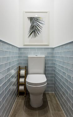 We& assembled a list of functional yet stylish bathroom tiles ideas to help inspire you. The post 7 Unique Bathroom Tiles Ideas (Show Your Personality!) appeared first on Dekoration. Bathroom Inspiration, Stylish Bathroom, Bathroom Tile Designs, Bathroom Interior, Small Bathroom, Bathrooms Remodel, Bathroom Design, Bathroom Flooring, Tile Bathroom