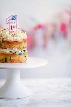 Funfetti Cake Smash for Baby 3 Tier Cake, Tiered Cakes, Smash Cake First Birthday, Sugar Sprinkles, Funfetti Cake, Diy Cake, Cake Ingredients, Fancy Cakes, Buttercream Frosting