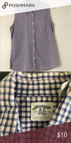 American Eagle gingham Sleeveless button down top Bust- 40 L-27... some light fading in the shoulders American Eagle Outfitters Tops Button Down Shirts