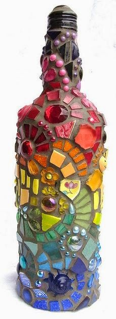 Mosaic wine bottle, then turn into a table top torch!Mosaic wine bottle, then turn into a table top torch! Recycled Wine Bottles, Wine Bottle Crafts, Bottle Art, Beer Bottles, Mosaic Crafts, Mosaic Projects, Mosaic Art, Craft Projects, Diy Table Top