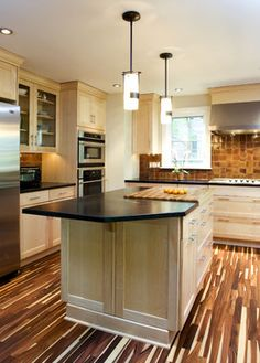 Stunning floor with natural maple cabinets