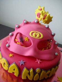 wauw een Mega Mindy taart!