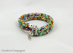 Crochet et compagnie: Bracelets mémoire multicolores