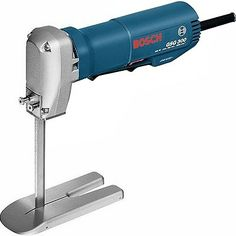 The specialist tool for soft materials For millimetre-precision cutting of foam rubber, gummed horsehair and similar materials Low-vibration and low-noise running due to reciprocating saw blades P. Stylish Jeans For Men, Mousse, Steam Bending Wood, Bosch Tools, Foam Cutter, Bosch Professional, Reciprocating Saw Blades, Mechanic Tools, Woodworking Workshop