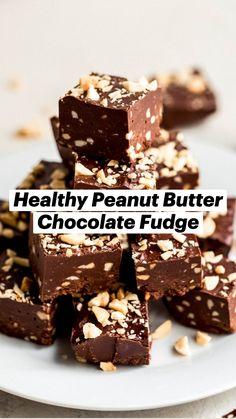 Healthy Fudge, Healthy Sweet Snacks, Healthy Sweets, Sweet Treats, Vegan Fudge, Healthy Food, Fudge Recipes, Candy Recipes, Sweet Recipes