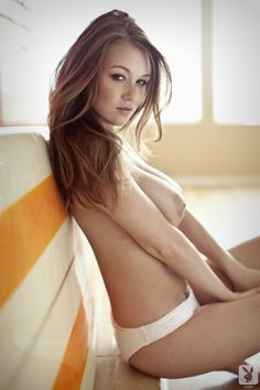 FEMALE SHAPES - erotic pictures of beautiful women