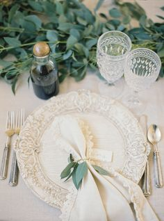 Read More: http://www.stylemepretty.com/2014/09/25/romantic-simple-mansion-wedding-inspiration/