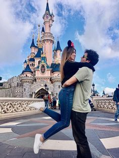 Where dreams come true 💕 # - couple goals Disneyland Couples, Disneyland Photos, Disneyland Outfits, Disney Couples, Cute Disney Pictures, Disney World Pictures, Couple Pictures, Cute Couples Goals, Couple Goals