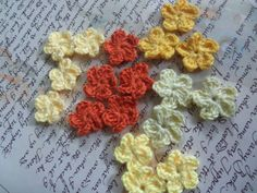 Set of 20 Orange and Yellow Mini Crochet Flowers. by Roxana010