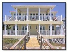 Santa Rosa Beach, FL: Five bedroom, 5 1/2 bath, sleeps 16 - 2 kings, 4 queens, 4 Twin bunks. Gulf front home on the vacation market for large fun-filled gatherings. This ho...