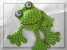 """Destrezza Toy - rattle-squeak Stuffed Frog """"Fridolin"""" - 30 centimetri - un pezzo di design di mondi Gnome-Carina su DaWanda"""