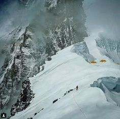 "Recent Everest Summits, Tragedies Mark Return of ""Normal"" Climbing Season"