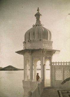 Island of the Sultans in Udaipur, India, 1923.
