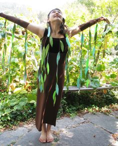 Weeping willow tree costume, adult size xs to small, one of a kind, lightly used