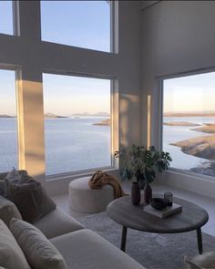 house plants 346636502568255265 - my scandinavian home: A Serene 'Japandi' Style Family Home in Western Norway Source by LikeLydiaPin Cheap Bedroom Decor, Home Decor Bedroom, Cheap Home Decor, Bedroom Ideas, Decor Room, Diy Bedroom, Teen Bedroom, Bedroom Inspiration, Interior Inspiration