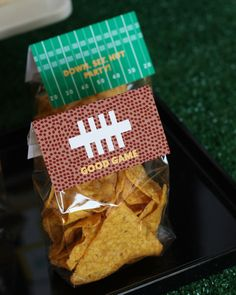 super-bowl-party-ideas #PerfectTablegate