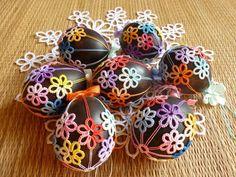 Tatting Easter Eggs