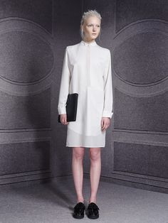 http://www.fashionsnap.com/collection/viktorrolf/woman/2014-15aw-pre/gallery/index4.php