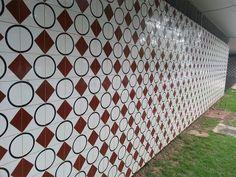 The tiles of Athos Bulcão / Azulejos de Atos Bulcão - Brasília, Brasil