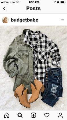 Fall outfit idea with bufallo check plaid, utility jacket and ankle booties Outfits Con Camisa, Plaid Shirt Outfits, Casual Outfits, Cute Outfits, Fashion Outfits, Womens Fashion, Fashion Trends, Flannel Shirts, Cardigan Verde