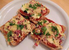 Pizza - Toast, kalorienarm, ein schönes Rezept aus der Kategorie Pizza. Bewertungen: 10. Durchschnitt: Ø 3,3.