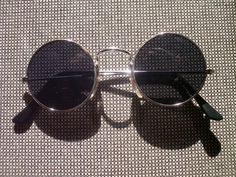 1 Sonnenbrille im 70s Style Brille 70er Jahre Stil Retro Goa Hippie Brille Party