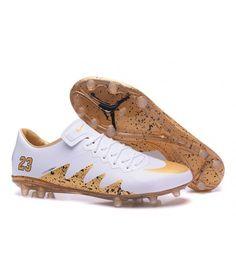 quality design d6e65 bb142 Nike Hypervenom Phinish Neymar FG PEVNÝ POVRCH muži kopačky bílá zlato černá