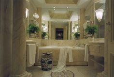 Grand Deluxe Suite Forum bathroom, Hotel Hassler, Rome