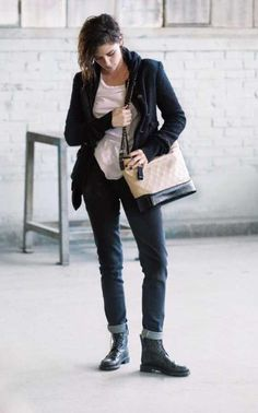 Kristen Stewart interpreta a la legendaria Coco Chanel.