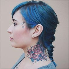 Perfect profile @thecolorsofana rocking an Extreme Teal braid!